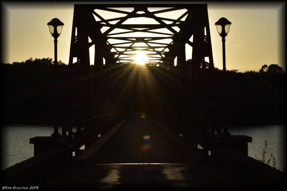 Marcillac la croisille - Pont sur Lac de la Valette