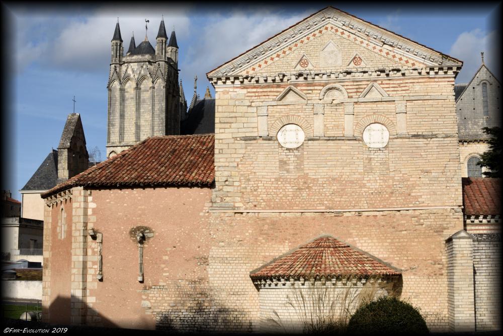 Baptistère Saint-Jean / Cathédrale Saint Pierre - Poitiers