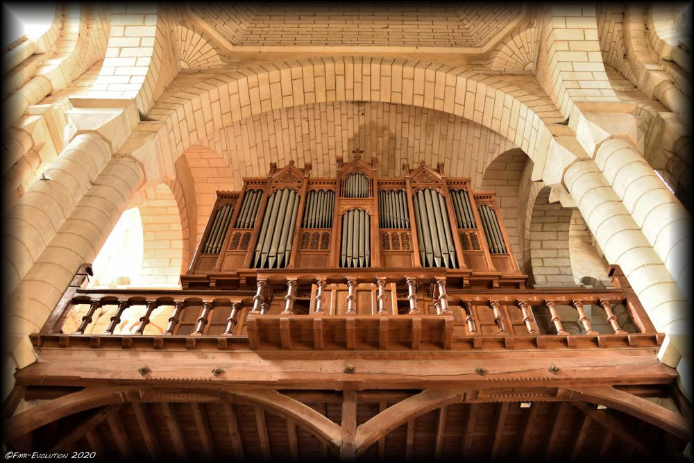 Eglise St Hilaire le Grand : Les Orgues
