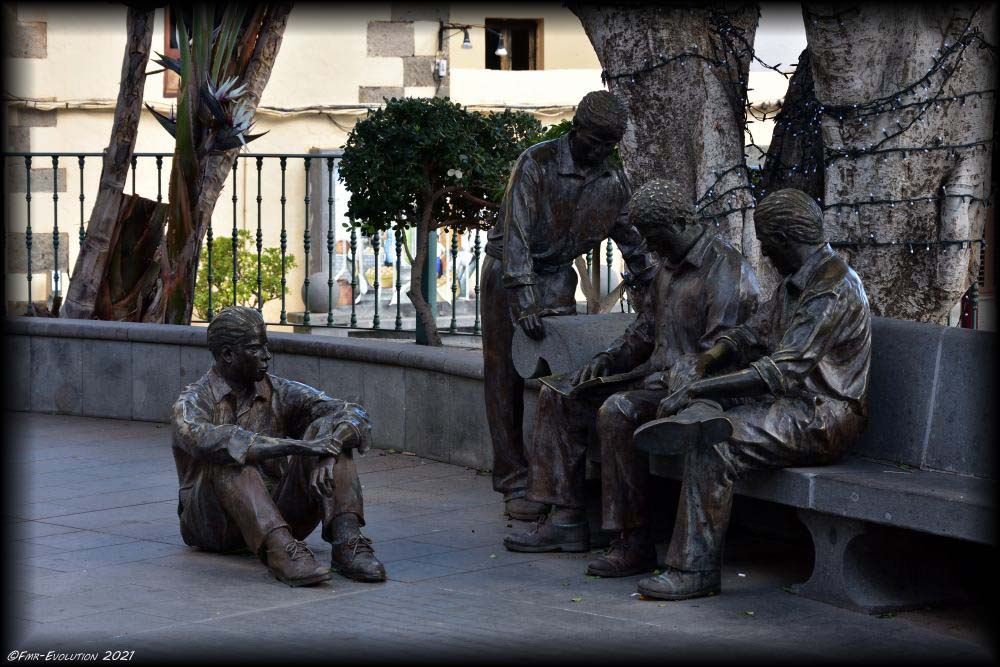 Statues -  Aguimes